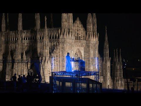 MACE x MILANO [Live dall'Arco Trionfale della Galleria Vittorio Emanuele II]