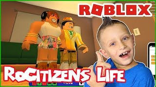 Enjoying Life and Making Friends in RoCitizens / Roblox