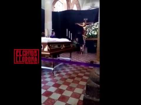 Cristo mueve la cabeza en Zapopan Jalisco.