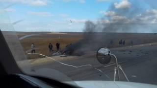 ДТП Страшная авария в близи п. Приморский. Крым.(Легковой автомобиль встретился с грузовиком 0_0., 2016-11-04T18:40:00.000Z)