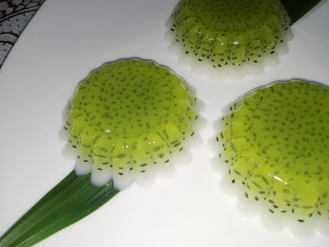 ចាហួយ​គ្រាប់ជី (Khmer Dessert) Pandan and Coconut Jelly with  Basil seeds