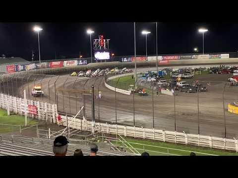 Cornbelt Nationals Knoxville Raceway Night #1 4 wide salute