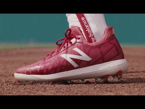 New Balance CompV1 Baseball Cleats