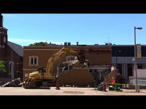 Demolition Begins On Tunnel Bar-B-Q