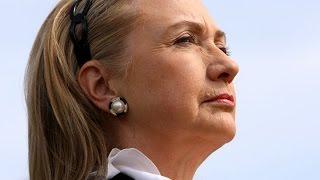 Guess Who Beats Hillary Clinton in Iowa?
