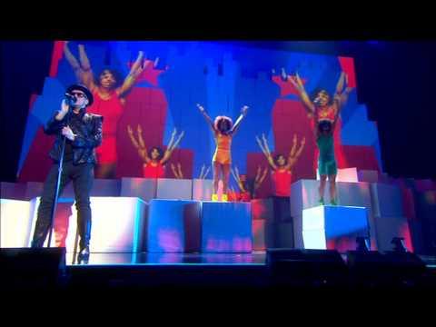 Pet Shop Boys -  Building a Wall/Go West (live) 2009 [HD]