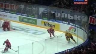 KHL. Gagarin Cup 2011. West Final. 5th Match. Lokomotiv — Atlant 32 OT
