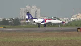 2019.10.19 Tainan AFB Open House: Part.26 - ROCAF Thunder Tigers landing