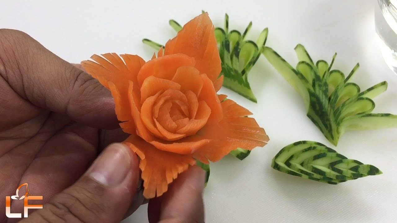 How to make flower from carrot garnish