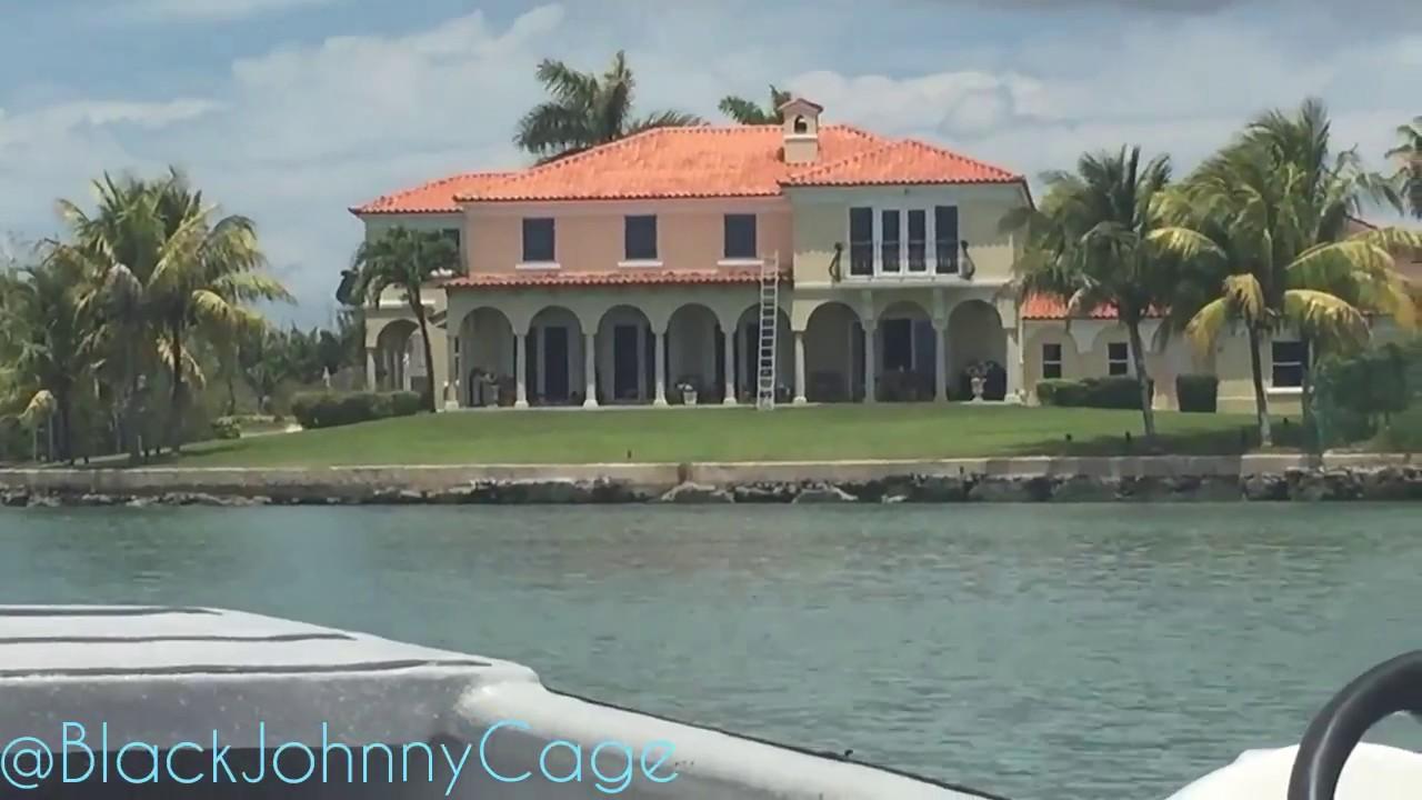 Bahamian millionaires