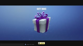 EPIC GAMES/FORTNITE M'a envoyé un autre BOX GIFT!!