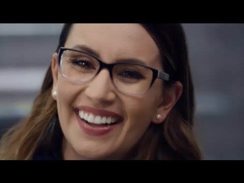 glasses-style-guide:-latest-eyewear-trends-at-lenscrafters