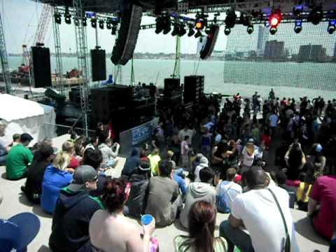 DEMF 2011-Red Bull Stage- DJ X-Change