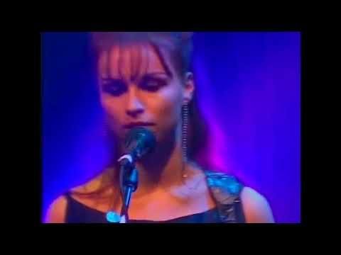 JJ72   at the Astoria London 2001  Complete Concert Remastered