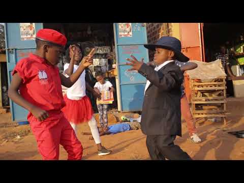 Triplets Ghetto Kids Dancing to Bajikona by Spice Dina