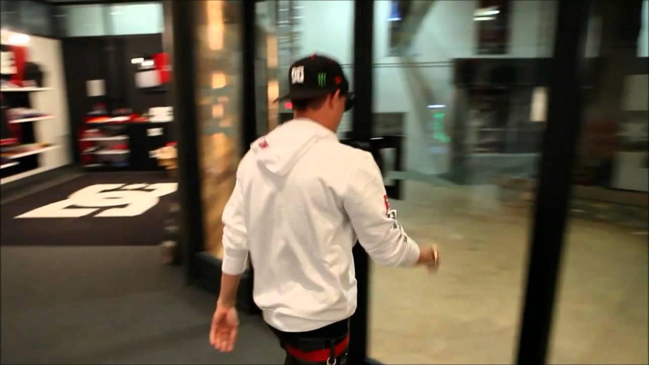 Rob Dyrdek Walks Through Glass Door Is Fake Proof Youtube