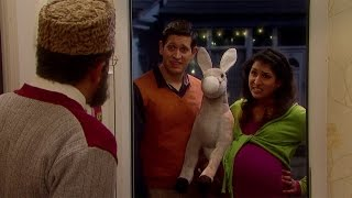 There's no room - Citizen Khan: Series 3 Episode 7 preview - BBC One