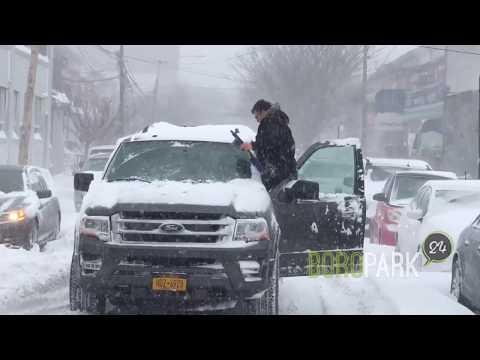 Blizzard in Boro Park, Brooklyn - January 2018