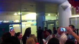 Нападение негритянки, посланной Наоми, на Киру в Москве!