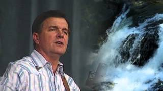 Roger Tibbs sings Slim Whitmans classic Lovesong of The Waterfall