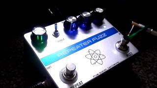 Reuss repeater Fuzz pedal demo