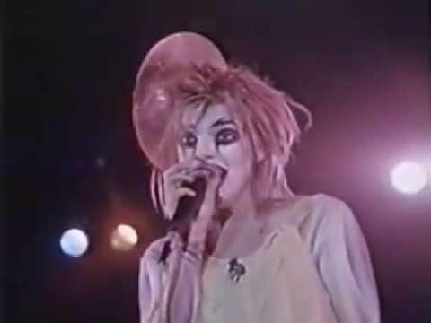 Nina Hagen ~ Ziggy Stardust 1980