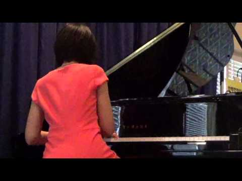The Entertainer - Stephanie Trick