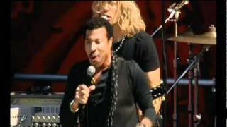 Lionel Richie - Dancing On The Ceiling (Live at 2010 AFL Grand Final Replay) (2/10/2010)