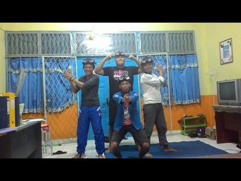 Lyla - Jangan Bimbang Walau Galau (Parody The Maskers Official Video HD)