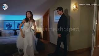 Siyah Beyas Ask (Dashuri Bardh e Zi) - Episodi 2 me titra shqip / A do martohet Aslle?