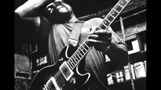Lonnie Pitchford - C. C. Rider (Live)