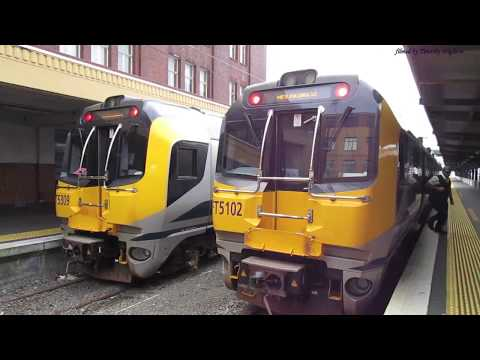 Passenger Trains in Wellington, New Zealand 2017