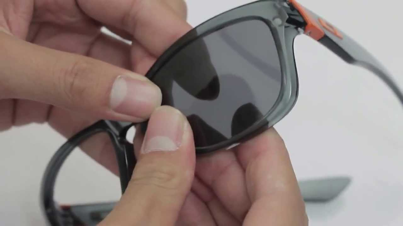 1df7a6a3b93 Oakley Jupiter Sunglasses Lenses Replacement(Installation Removal) - YouTube