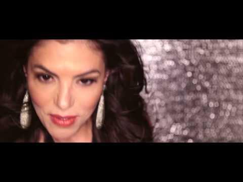 ADRIANA DE MOURA -FEEL THE RUSH