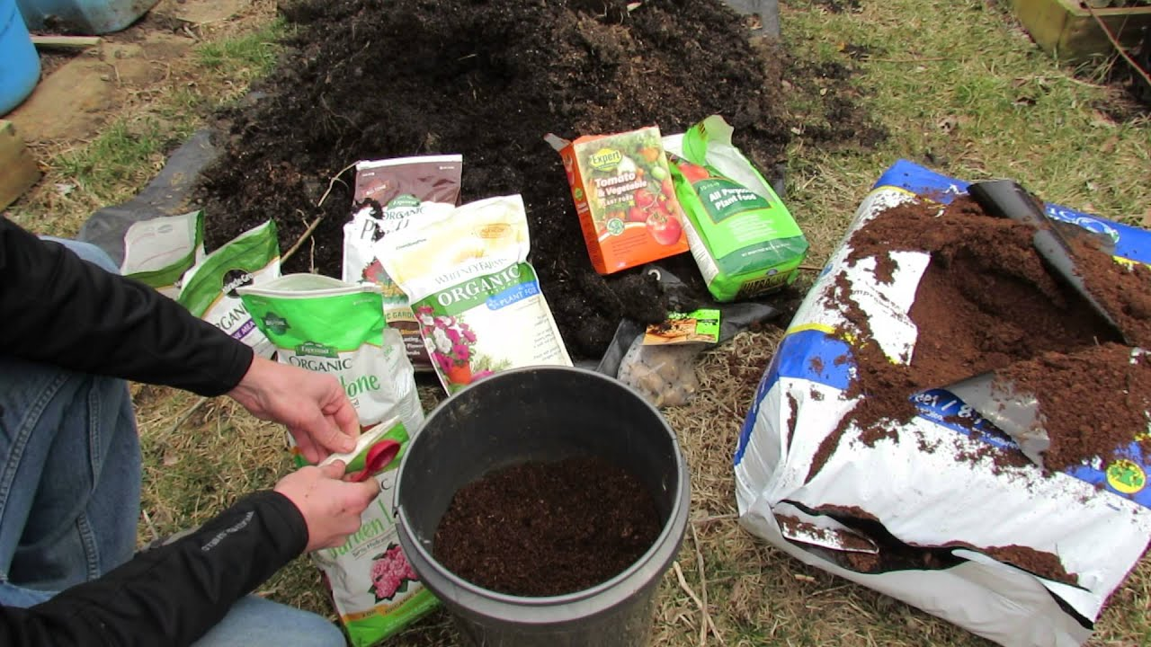 Basic principles to making container soil cheaply - When to fertilize vegetable garden ...