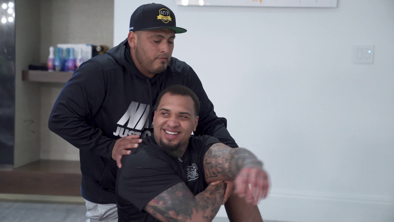 Pittsburgh Steelers C Maurkice Pouncey and twin brother Mike ...