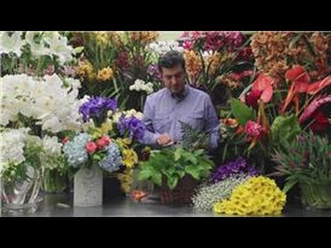 Flower Arrangements Traditional Flower Arranging Youtube
