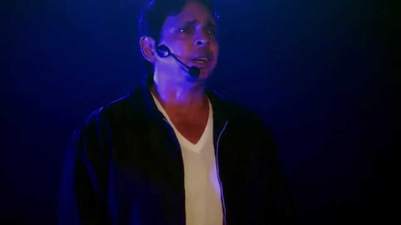 Andres Barrila interpreta SANDY DEL MUSICAL GREASE (Vaselina)