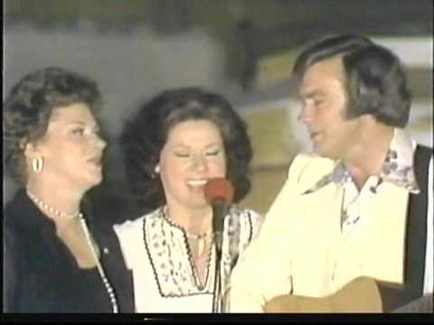 "The Browns Medley Live on ""Nashville on the Road"" 1975"