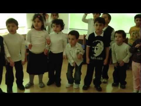 1, 2, 3, 4, 5 jump song GKV Kindergarten Şirinler