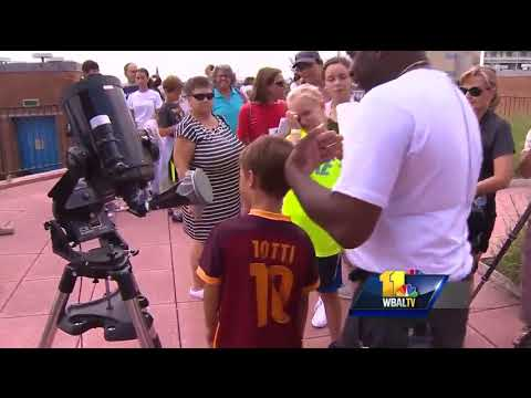 Video: Eclipse wows kids at Maryland Science Center