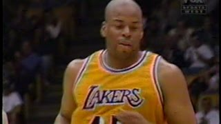 Sean Rooks (15pts/11rebs/5asts/3blks) vs. Mavericks (1997)