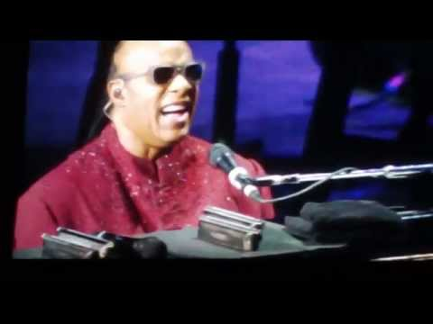 Who's Loving You Musical Interlude-Stevie wonder Live