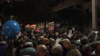 ההפגנה ברוטשילד, הערב