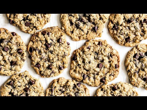 How to Make Oatmeal Chocolate Chip Cookies