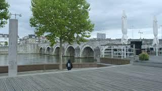 Voyage #3. Het Maastricht van Jo Coenen - III. Flaneren langs de Maas