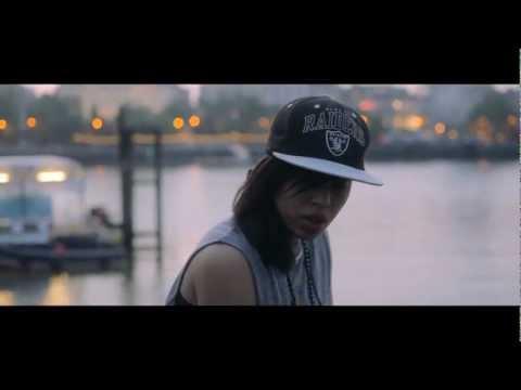 Jamie Foxx/Drake - Fall For Your Type (Courtney Bennett Remix) [Net Video]