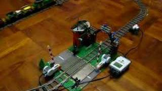 LEGO: Automatic Train Level Crossing with NXT