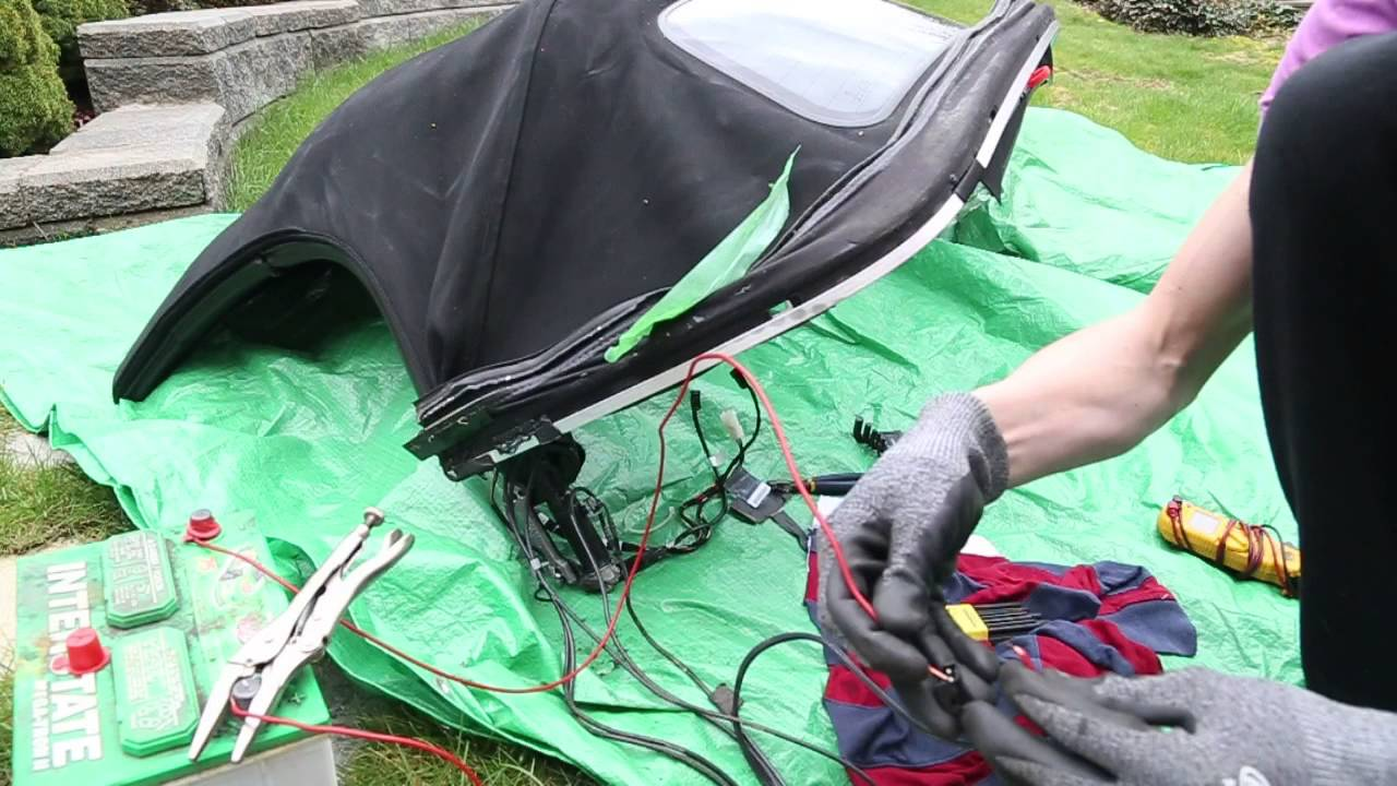 Bmw Z4 How To Test Roof Top Motor After Removal Of Soft Top Youtube