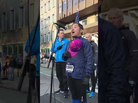 """Jim Diego - """"Star Spangled Banner"""" At The 2017 NYRR Abbott Dash To The Finish 5K"""
